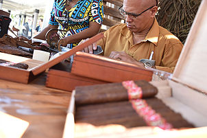 Cuban cigar rolling